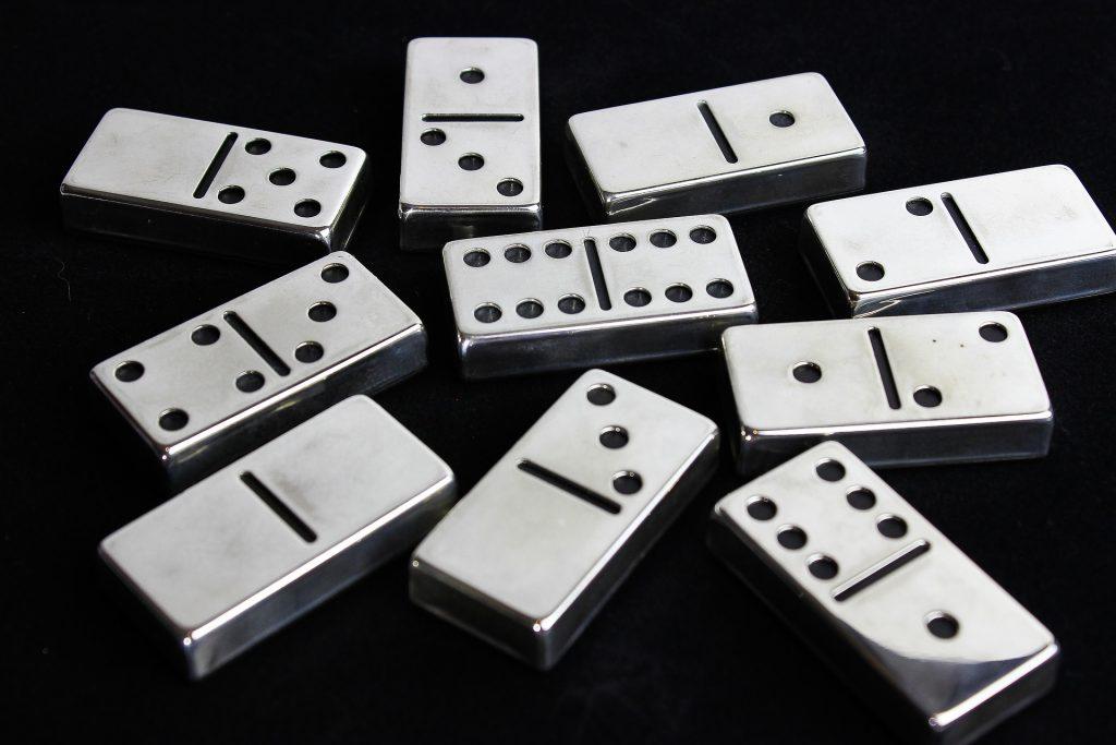 Memainkan Domino Gaple dengan Keuntungan yang Menggiurkan